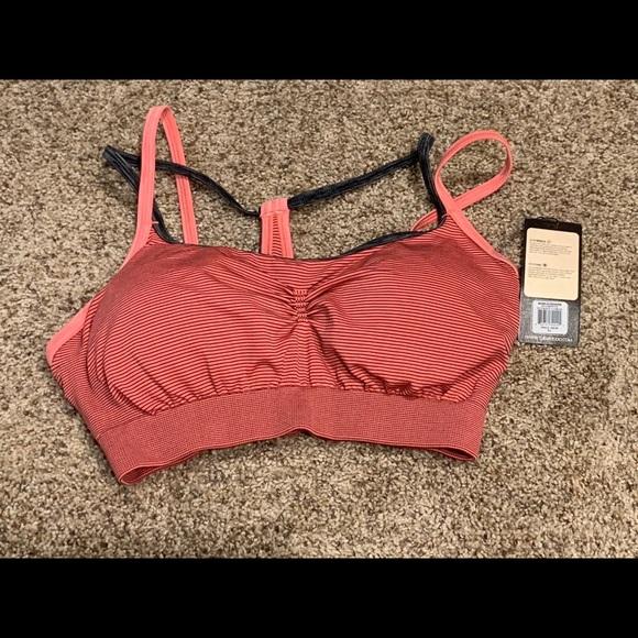 042486dca5 Calia sports bra. NWT. CALIA by Carrie Underwood.  38  40. Size